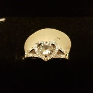 Silver Heart Zircon Ring